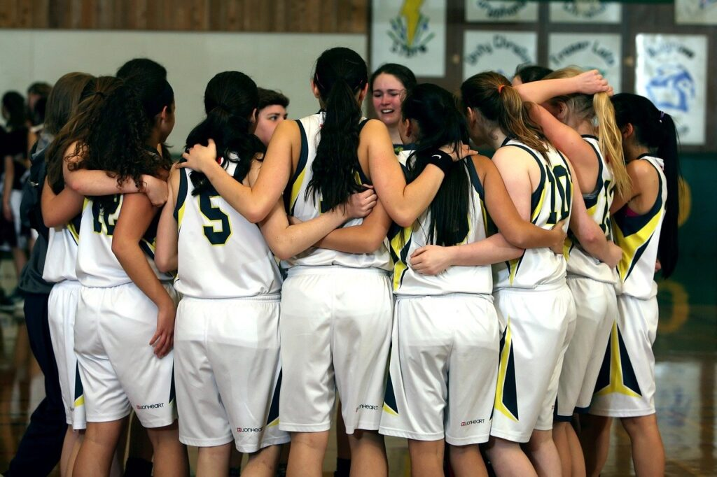 team, girls basketball team, girls